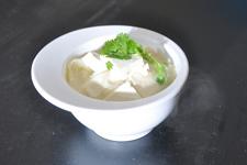 白菜炖<a href=/shicai/mimian/DouFu/index.html target=_blank><u>豆腐</u></a>的做法