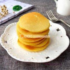 牛奶鸡蛋玉米饼的做法