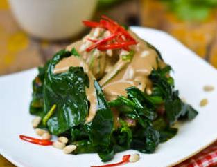 菠菜的正确食用方法 菠菜烹饪方法很重要