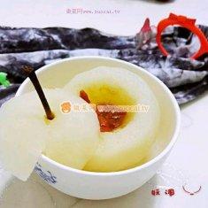 冰糖枸杞炖梨的做法