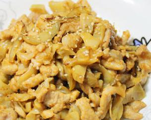 用球形榨菜做榨菜炒肉丝更好吃 快手下饭菜