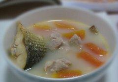 木瓜鱼尾汤的做法视频