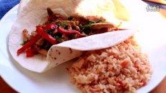 鸡肉卷和西式米饭(Chicken Fajitas)的做法视频