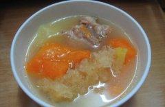 木瓜雪耳排骨汤的做法视频