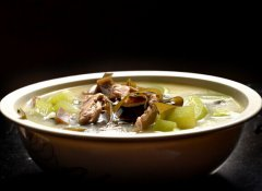 冬瓜海带排骨汤