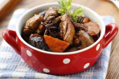 香菇炖鸡的家常做法 香菇炖鸡的做法大全