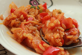 韩国辣香肠烩饭的做法 让你无法不爱的快手烩饭