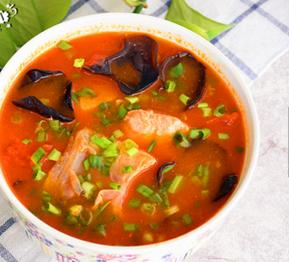 木耳番茄鱼片汤的家常做法
