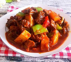 韩式土豆烧牛肉的家常做法