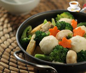 豆腐口蘑西兰花烩鱼丸的家常做法