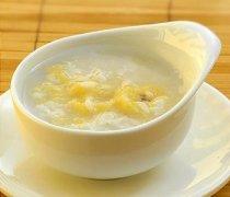 【冰糖炖香蕉的功效】冰糖炖香蕉的做法_冰糖炖香蕉的食用禁忌