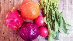 再挑剔的小孩也无法拒绝!彩色蔬果面的做法