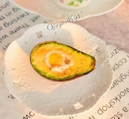 空炸牛油果鹌鹑蛋的家常做法
