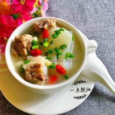 排骨萝卜汤的做法