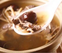 【猪心炖冰糖】猪心炖冰糖的做法_猪心炖冰糖的营养价值