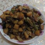 土豆炖芸豆
