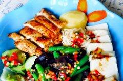 黑胡椒煎鸡胸肉(减脂餐)的做法