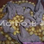 黄豆炖猪肝