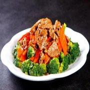 西兰花与牛肉的搭配可谓是家常菜的佳肴。妈网百科带你了解这道佳肴