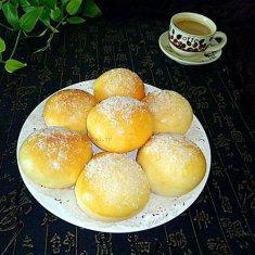 杏仁椰蓉小餐包的做法