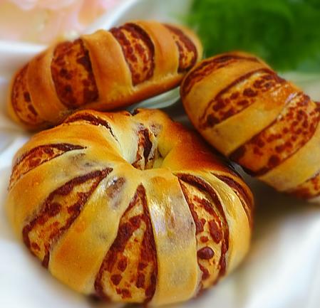 豆沙面包圈的家常做法