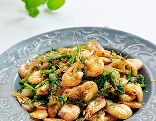 茴香炒虾的家常做法