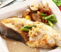 【银鳕鱼和鳕鱼的区别】香煎银鳕鱼的做法_真鳕鱼和银鳕鱼的区别