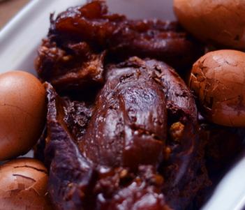 年夜饭菜谱推荐:灯影牛肉的家常做法