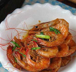 酱汁焖虾的家常做法